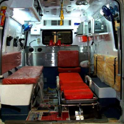 Ambulance With Ventilator